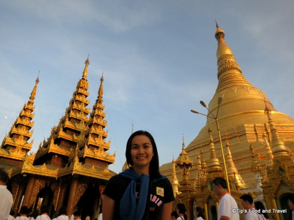an evening at Shwedagon, Burma